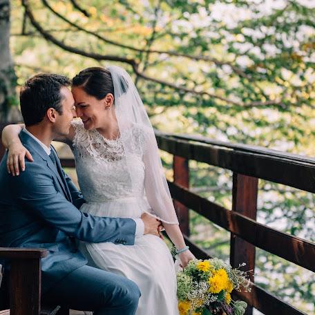 Wedding photographer Timotei Poplacean (timoteipoplacea). Photo of 08.03.2016