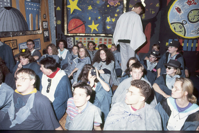 1985-1994 - 683-.jpg