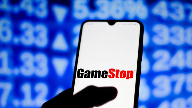 GameStop Poaches Its New CEO And CFO From Amazon, Looking To Compete In E-Commerce Space