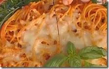 Torta di spaghetti e polpette