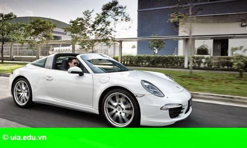 Hình 2: Porsche 911 Targa 4 đi tìm sự tự do phóng khoáng