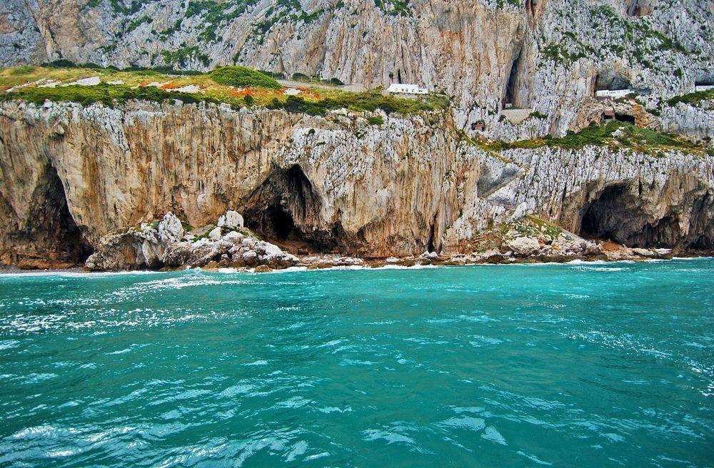 gorhams-cave-1