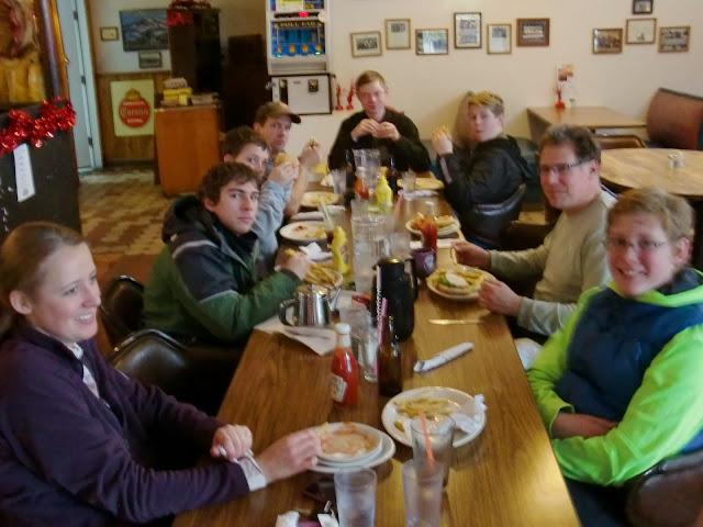 Lunch at the Highlander Cafe in Ashberg