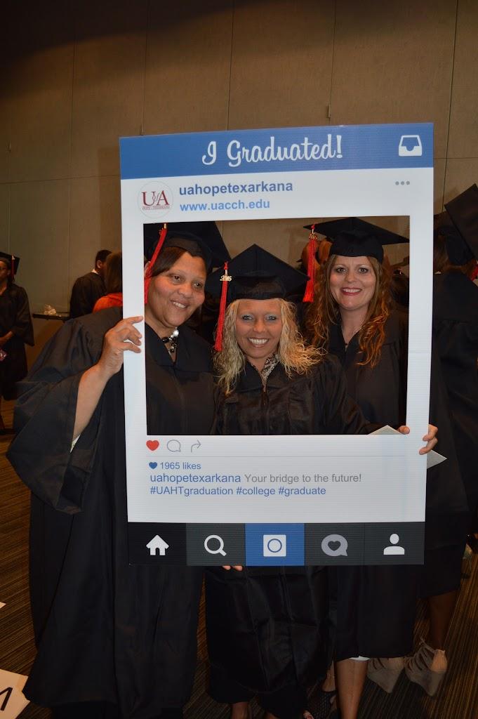 UAHT Graduation 2016 - DSC_0236.JPG