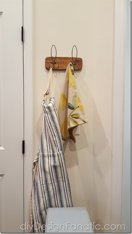 farmhouse decor, kitchen, coat hook