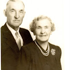 Anne Spray and Wesley Leonidas Gleaves.  Wesley was the son of  John Robert (Robertson) Gleaves.