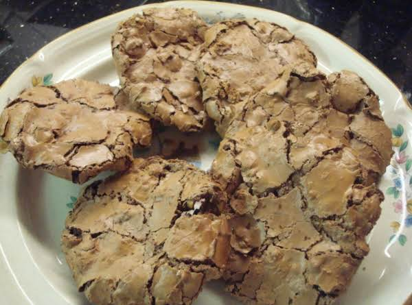 Flourless Chocolate Chewies
