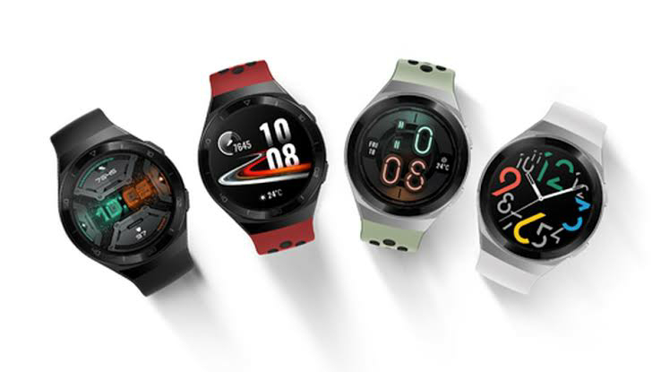 Huawei runs proprietary software on the Watch GT 2, and it is compatible with devices running Android 4.4 (or later) as well as iOS 9 or up.Just like most other smartwatches, the Huawei Watch GT 2 is capable of step and distance tracking. It also has its own GPS for tracking distance.There is support for Bluetooth 5.1 along with GPS which can be used to track outdoor runs.