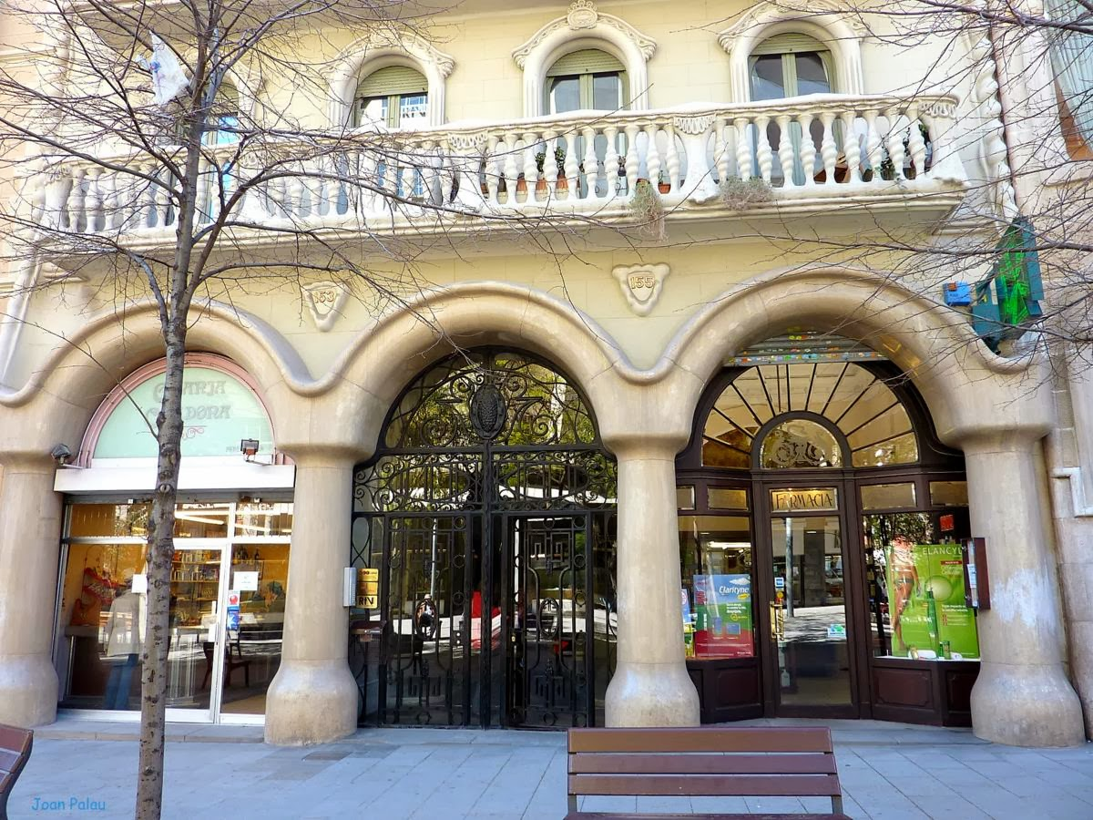 Casa montserrat barcelona modernista i singular - Casa modernista barcelona ...