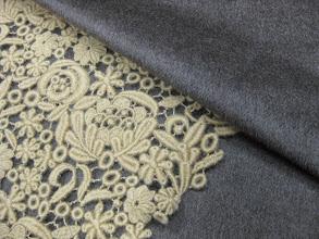 Photo: Ткань:Альпака двойная ш.150см.цена 8000руб.                                      Коллекция Armani                              Кружево фриволите шерсть ш.0,85см.цена 9000руб.                                       Коллекция Valentino