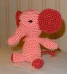 509 12-éléphant au crochet