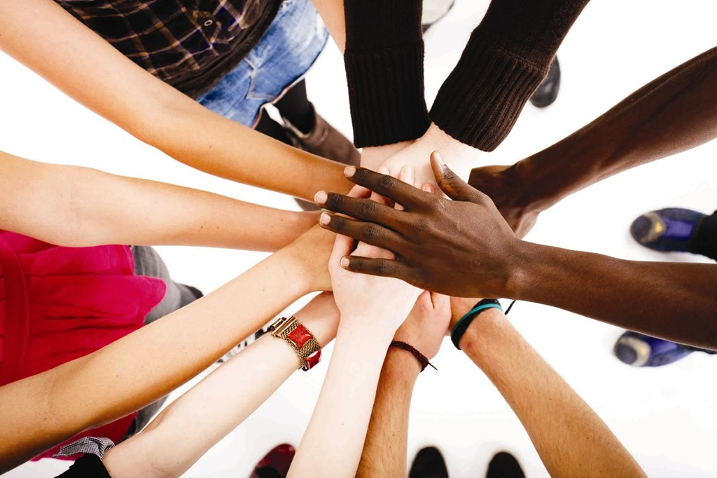 [iStock_Hands-Together%5B5%5D]