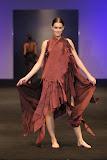 – presentace nastavení 1 sec. PODZIM - ČARODĚJNICE finále Top Styl Designer 2006 UNIVERSE VERSE UNI -střih bezezbytku - společenský oděv