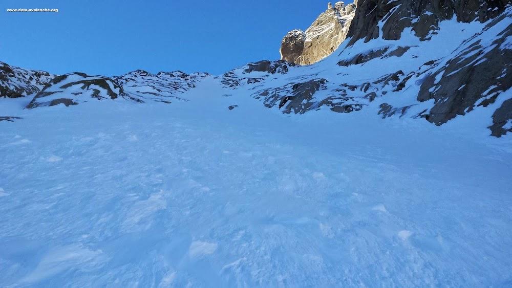 Avalanche Mont Blanc, secteur Vallée Blanche, Secteur proche du Refuge du requin - Photo 1 - © Raulet Yan