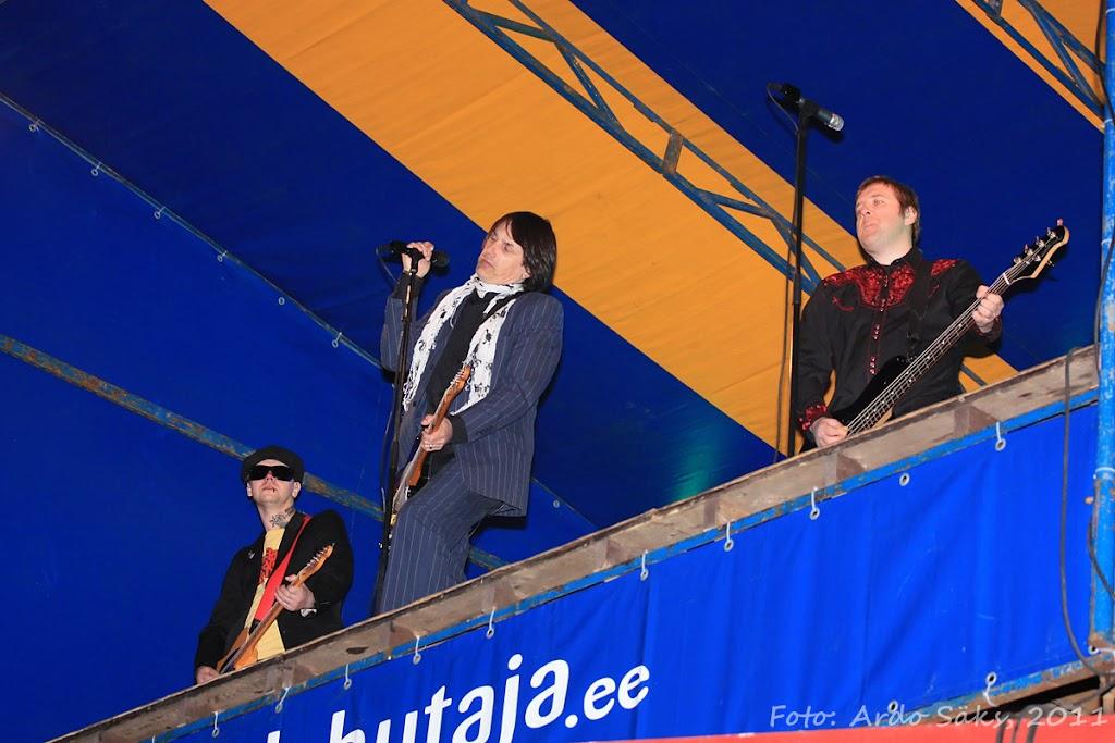 27.04.11 Katusekontsert The Smilers + aftekas CT-s - IMG_5710_filtered.jpg