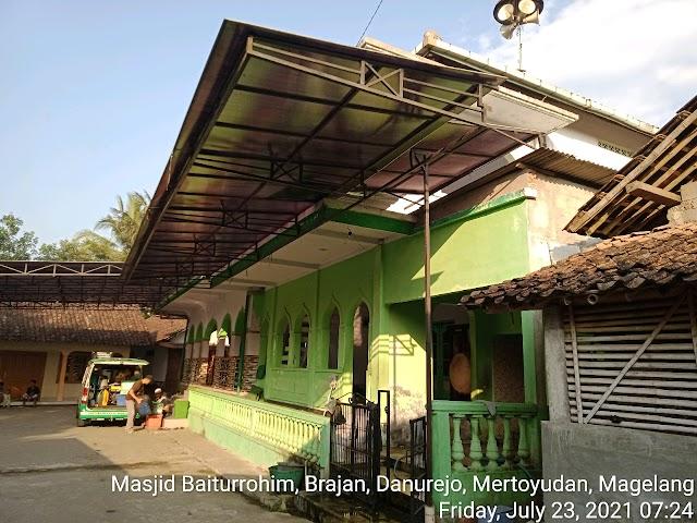Bersih Bersih Masjid Baiturrohim, Brajan, Danurejo, Mertoyudan, Magelang