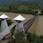 Puente de Occidente visto desde la montaña