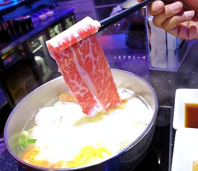 17 浪奇時尚鍋物 Shabu Lounge