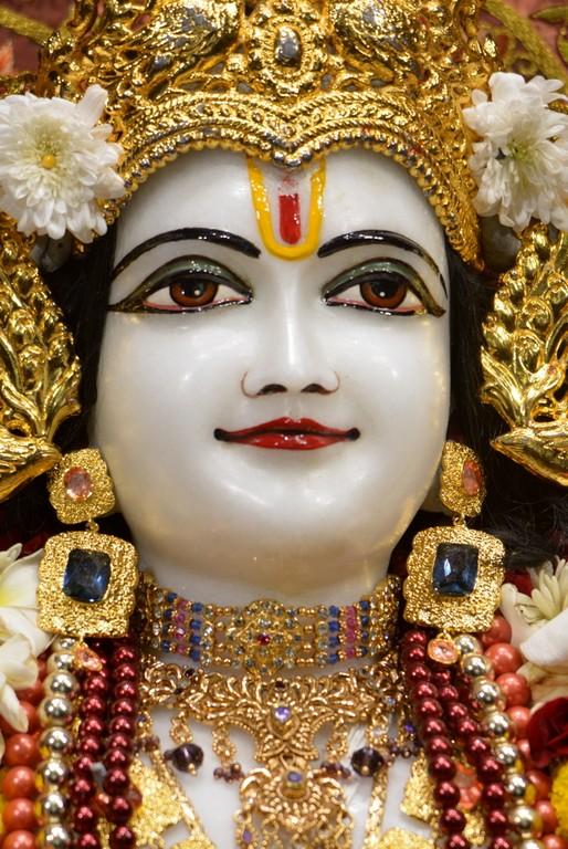 ISKCON Juhu Deity Darshan 28 Mar 2016  (19)