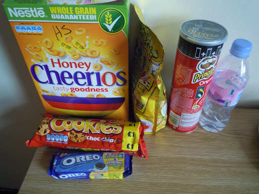 Ways to save money while studying abroad in London? Hit the grocery store! From  Everything You Need to Know about Eating in London