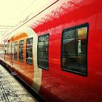 20121218-01-red-train.jpg