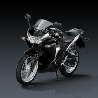 Fitur Fitur & Spesifikasi Resmi Honda CBR 250R Indonesia 2011