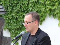 14 Rastislav Ballek a család nevében köszönti az egybegyűlteket.JPG