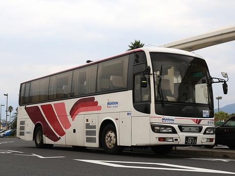 西鉄高速バス「桜島号」 9134 鹿児島本港にて