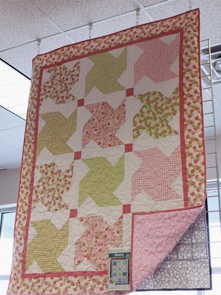 Whirled quilt pattern using Amblesie fabric