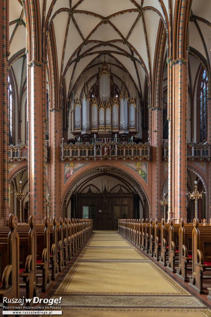 Kolegiata Świętych Aniołów Stróżów w Wałbrzychu