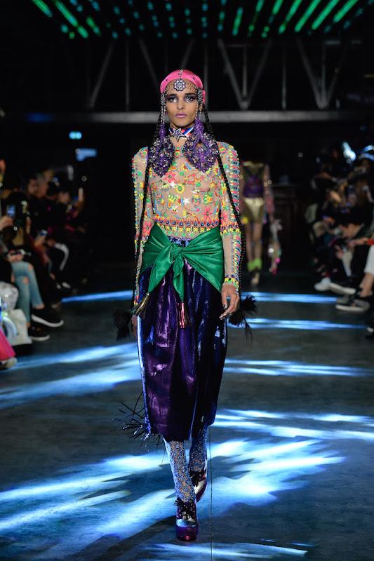 Pixelformula womenswear ready to wearprêt a portersummer 2016Manish Arora