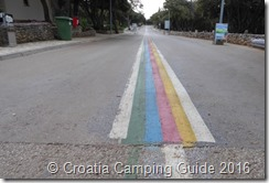 Croatia Camping Guide - Camp Strasko Road Lines