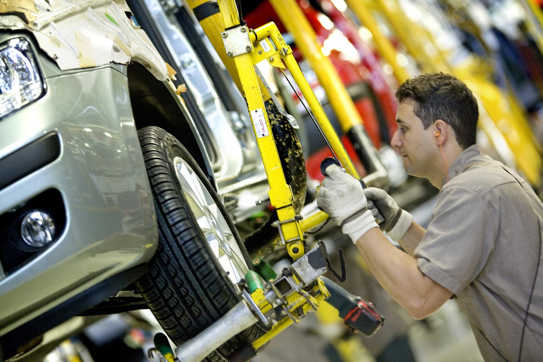 A Fiat é líder no mercado de carros no Brasil pelo décimo ano fabrica fiat