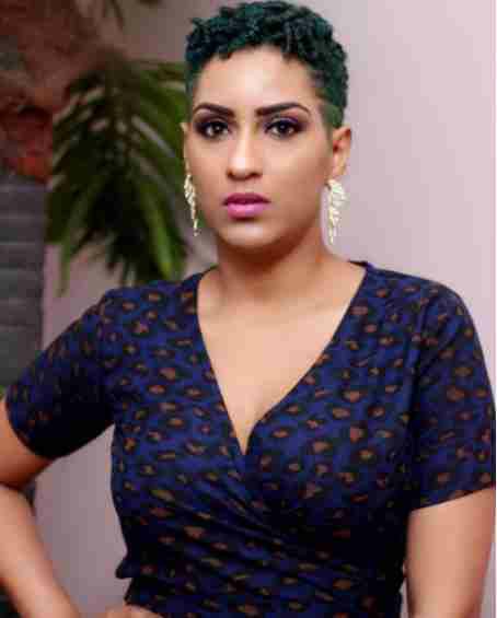 Juliet Ibrahim dyes hair in green