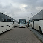 bussen op station oostvaarders