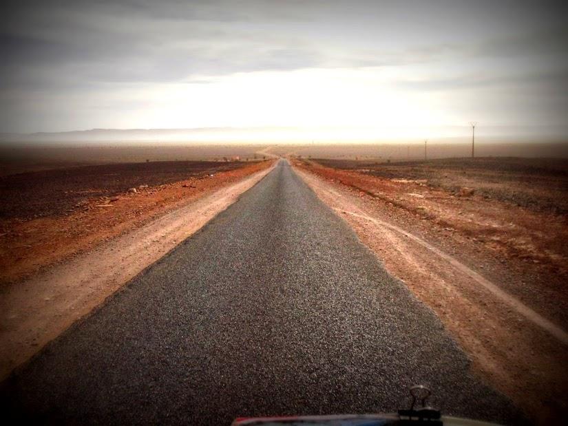 Marrocos e Mauritãnia a Queimar Pneu e Gasolina - Página 12 DSCF1423
