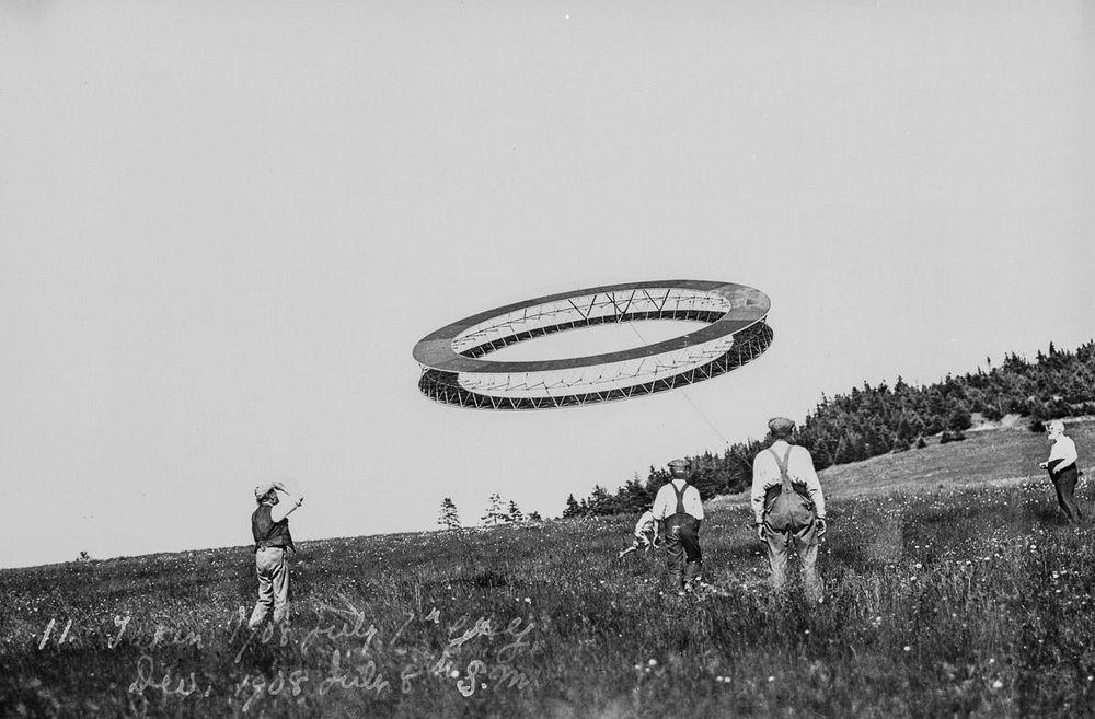 graham-bell-tetrahedral-kites-14