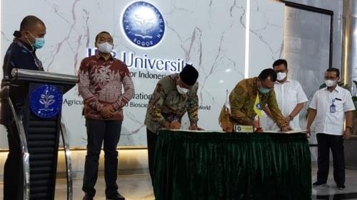 Kerjasama  dengan IPB, Gubernur Mahyeldi Ingin Sumbar Mampu Berikan Harga Daging Ekonomis di Pemerintahan Jokowi