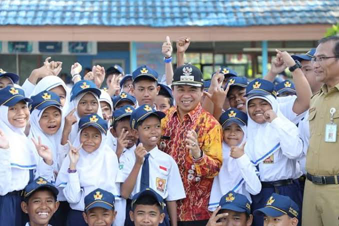 Wali Kota: Banjarmasin, Kota Pertama di Asia Pasifik yang Larang Kantong Plastik