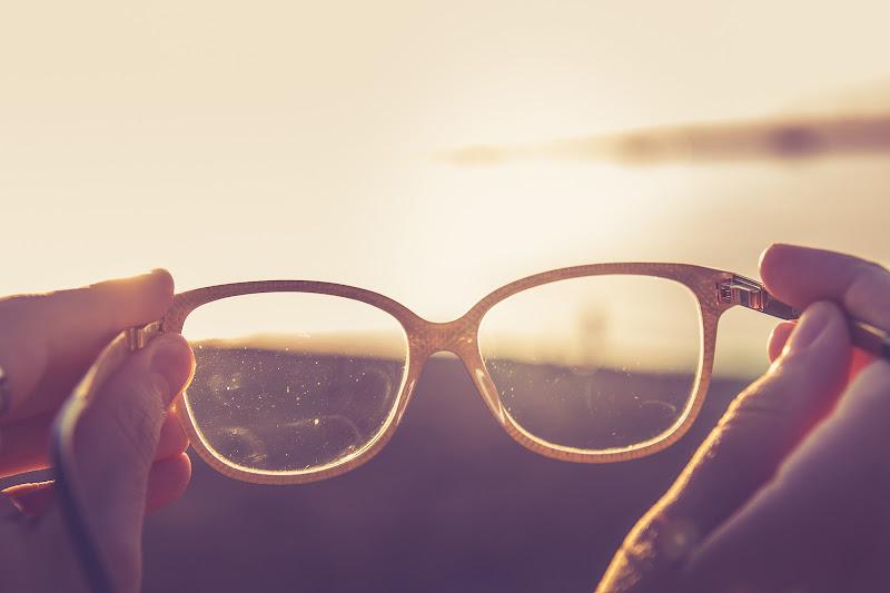 Glass in the Sun di MDB Photo