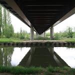 Canal du Loing : pont sur l'A19