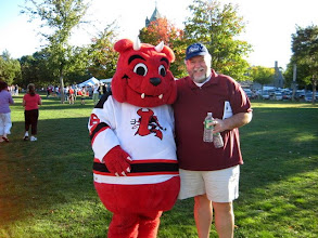 Photo: Steve & Lowell's Devil Dawg