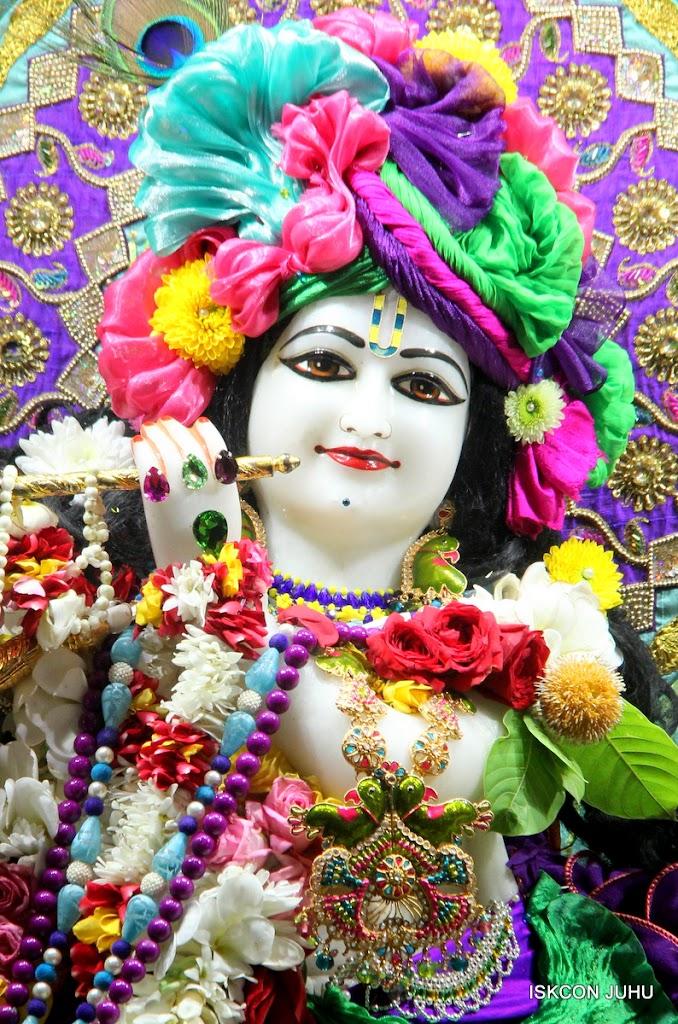 ISKCON Juhu Sringar Deity Darshan on 24th July 2016 (6)
