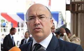 Domínguez Brito confirma su renuncia del Gobierno para dedicarse a campaña presidencial