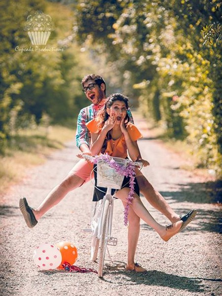 Indian romantic Couple Pre Wedding photoshoot