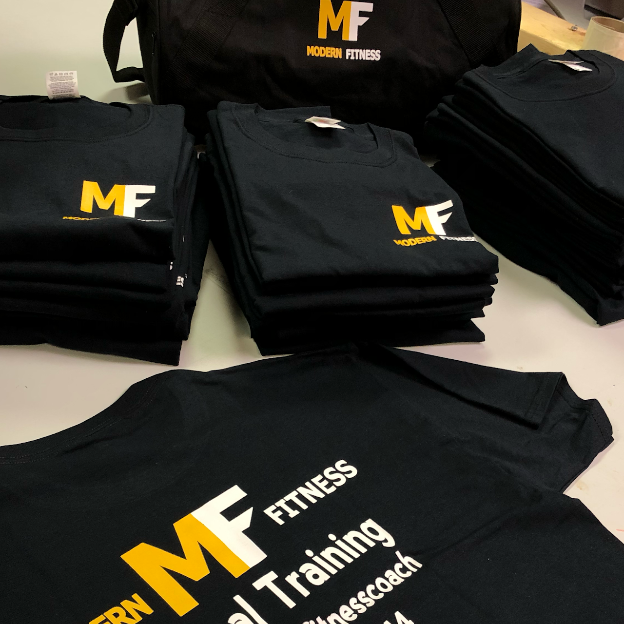 T Shirt Screen Printing In Indianapolis – EDGE Engineering
