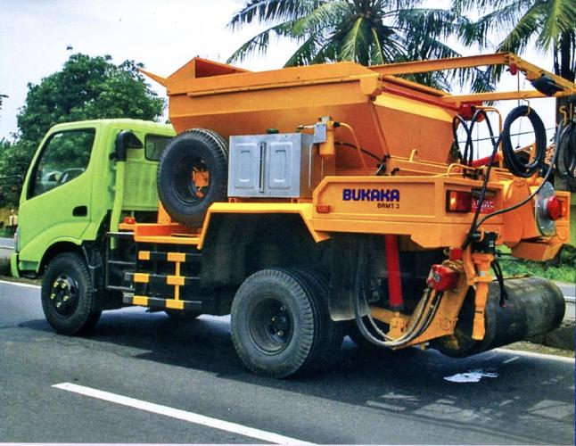 Road Maintenance Truck