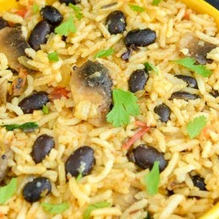 Black Beans Mushroom Masala Rice