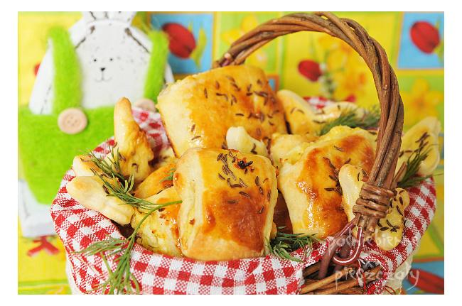 Wielkanocne paszteciki z wegetariańskim nadzieniem