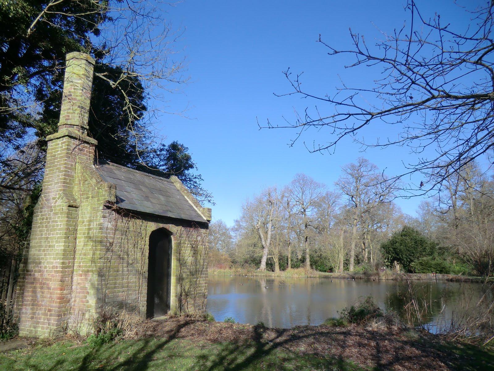 CIMG6736 The Water House, Waterhouse Pond